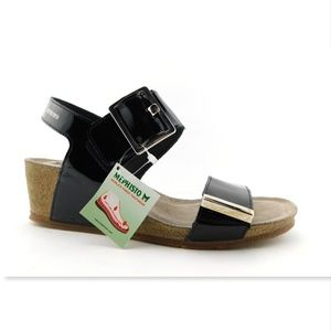 New MEPHISTO Black Patent Buckle Wedge Sandals 38